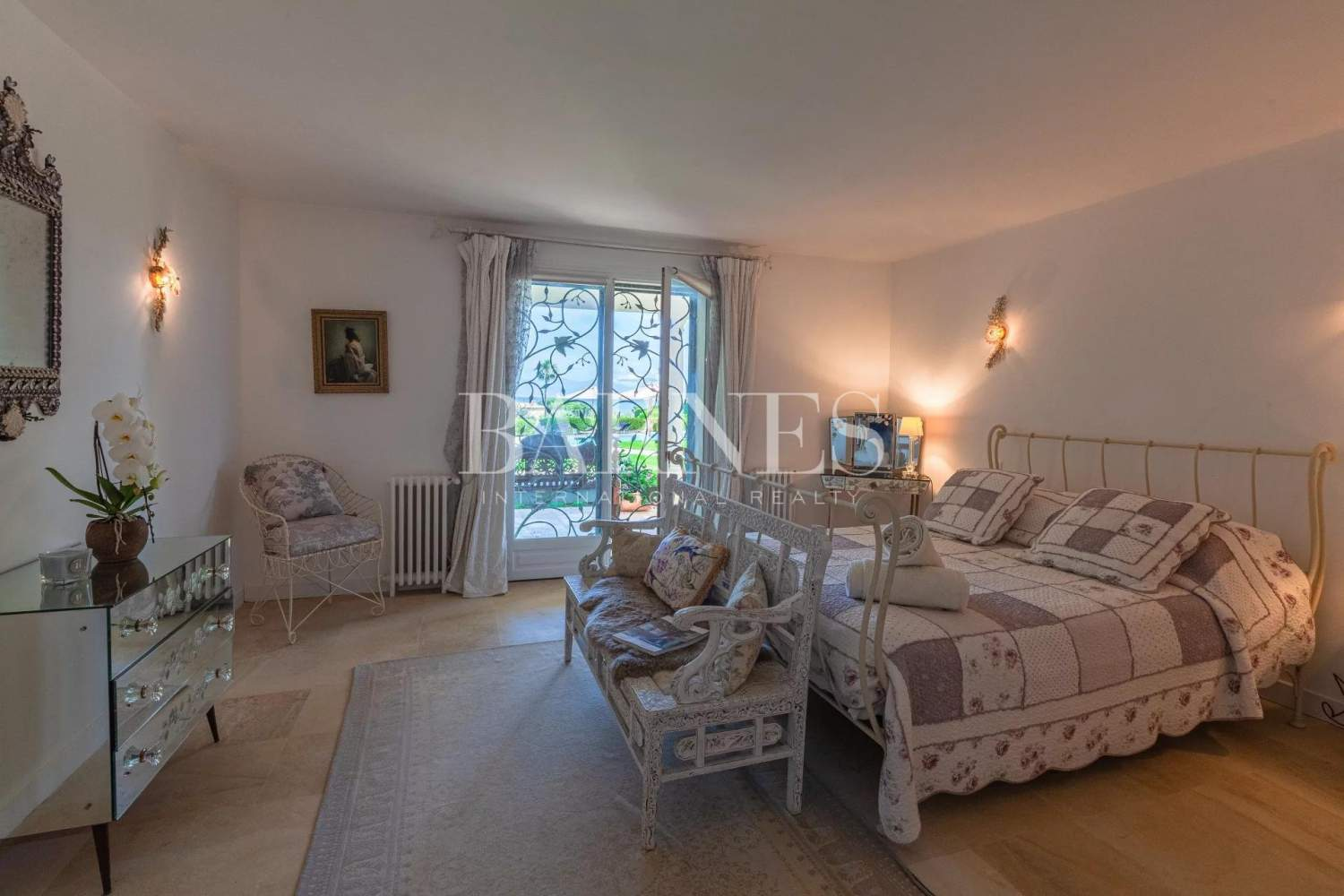 Antibes  - Maison  6 Chambres - picture 8