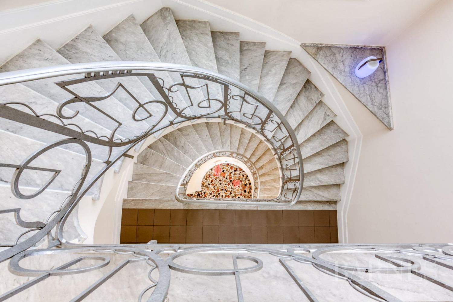 Antibes  - Villa  6 Chambres - picture 7