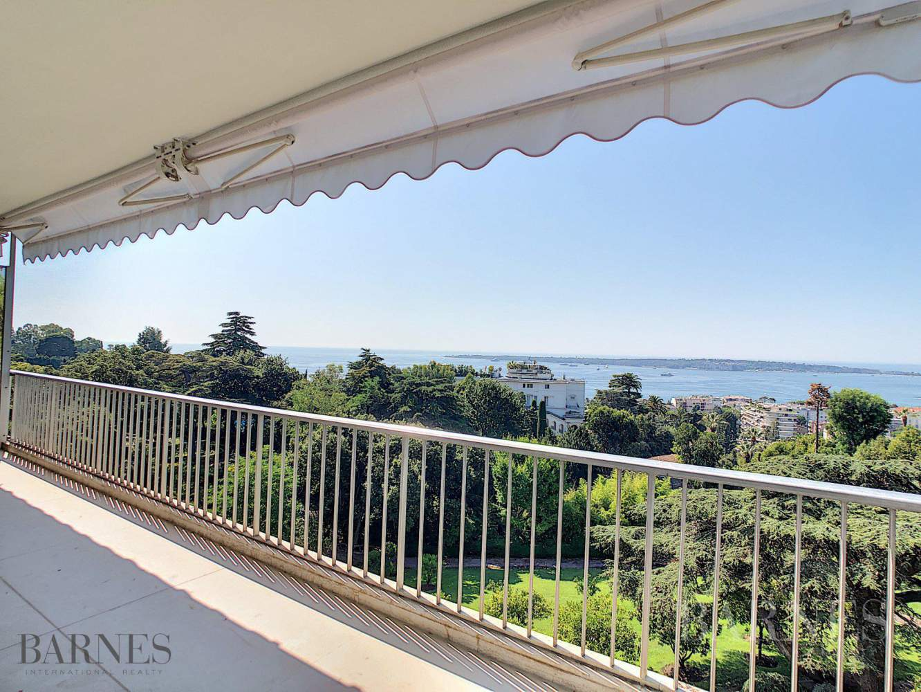 Cannes  - Apartment 3 Bedrooms - picture 1