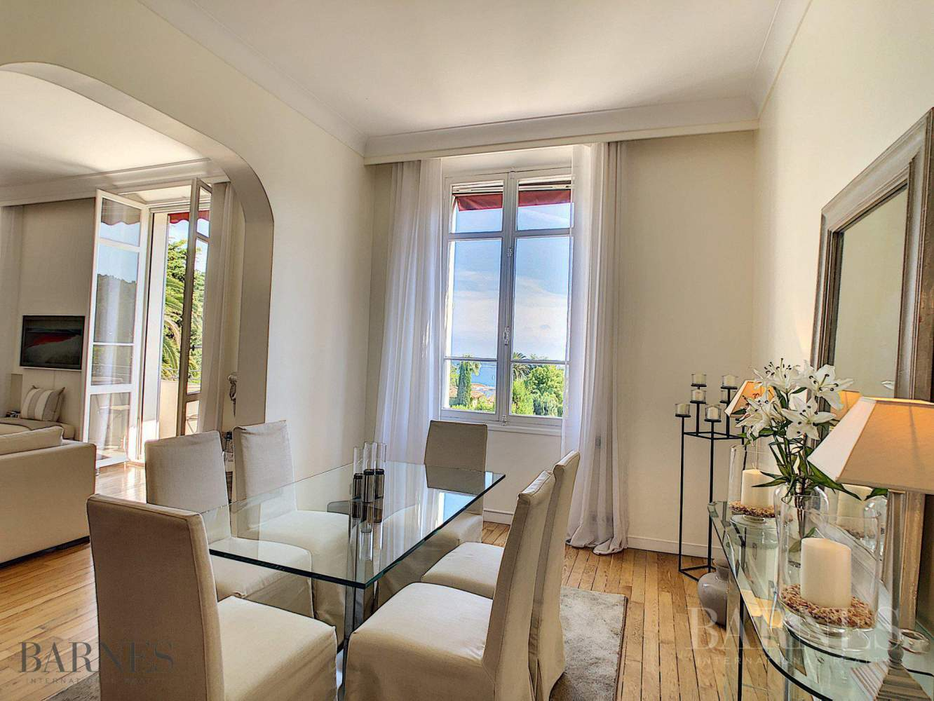 CANNES - APPARTEMENT BOURGEOIS - 4 PIECES - VUE MER PANORAMIQUE picture 2