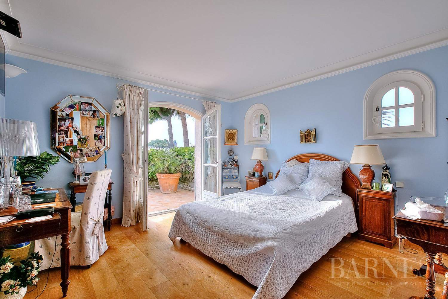 ANTIBES  ST MAYMES - PROVENCAL PROPERTY - SEA VIEW picture 7