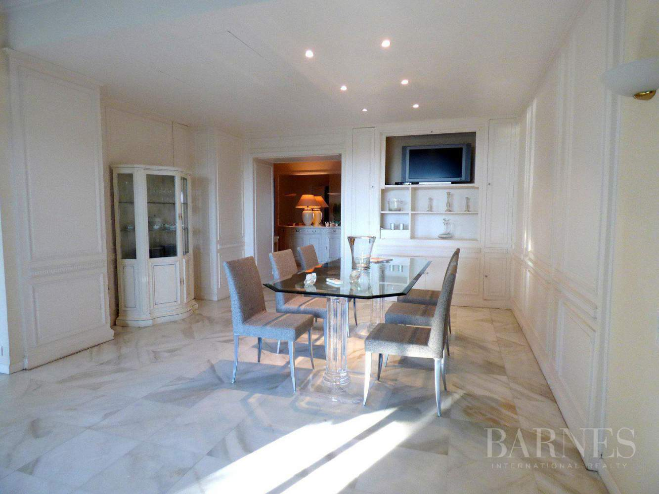 CANNES - PALM BEACH - GROUND FLOOR - 3 BEDROOMS picture 2