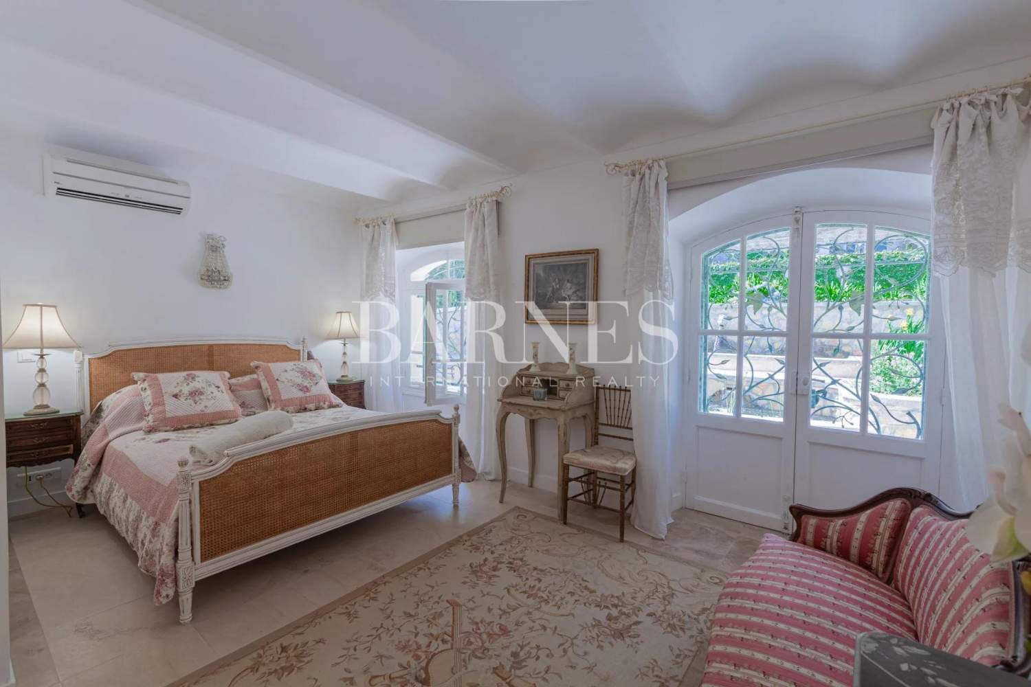 Antibes  - Maison  6 Chambres - picture 7