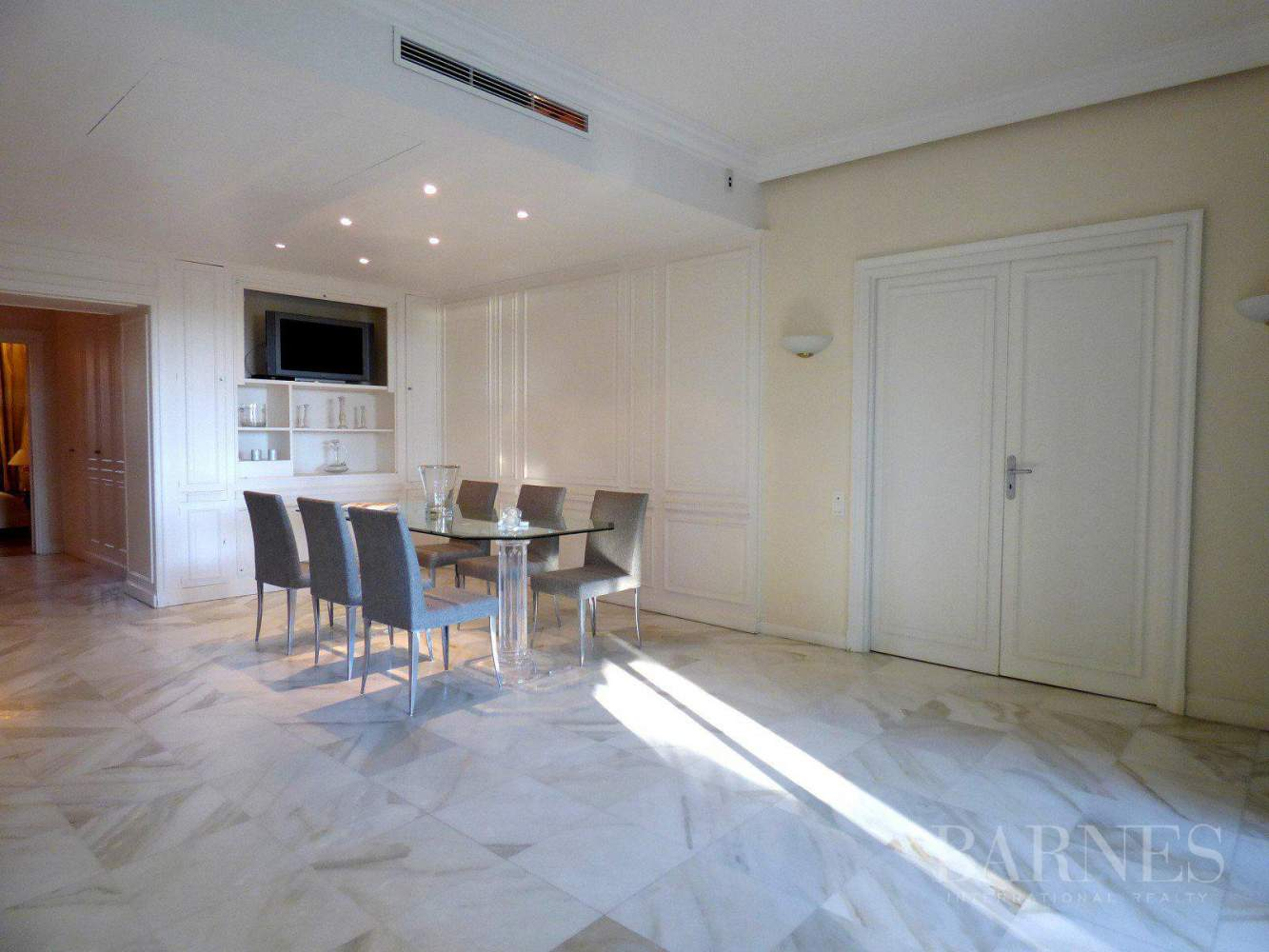 CANNES - PALM BEACH - GROUND FLOOR - 3 BEDROOMS picture 5
