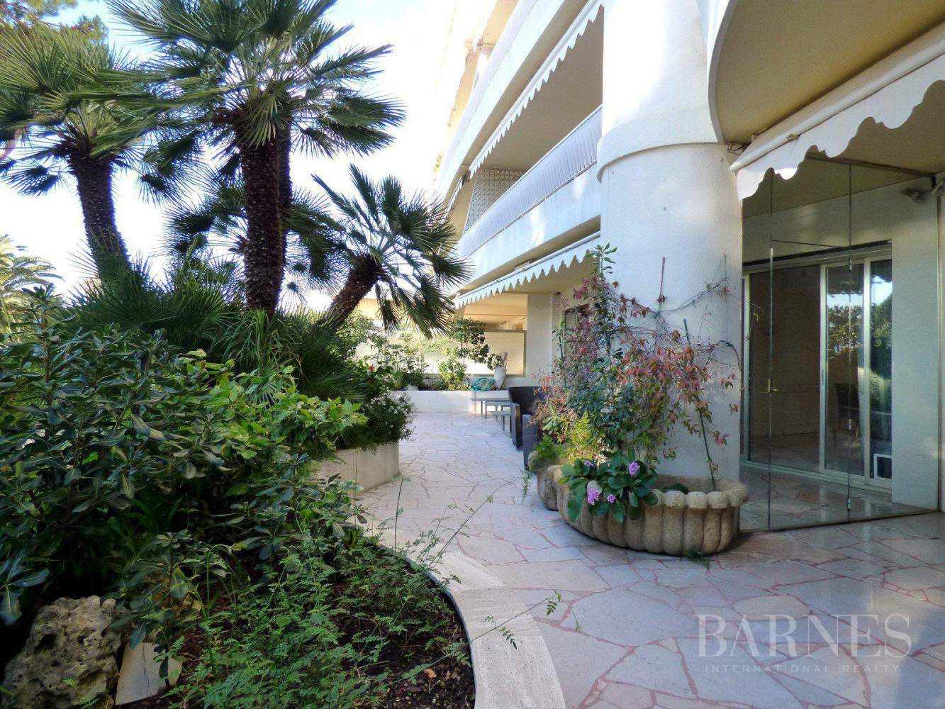 CANNES - PALM BEACH - GROUND FLOOR - 3 BEDROOMS picture 9
