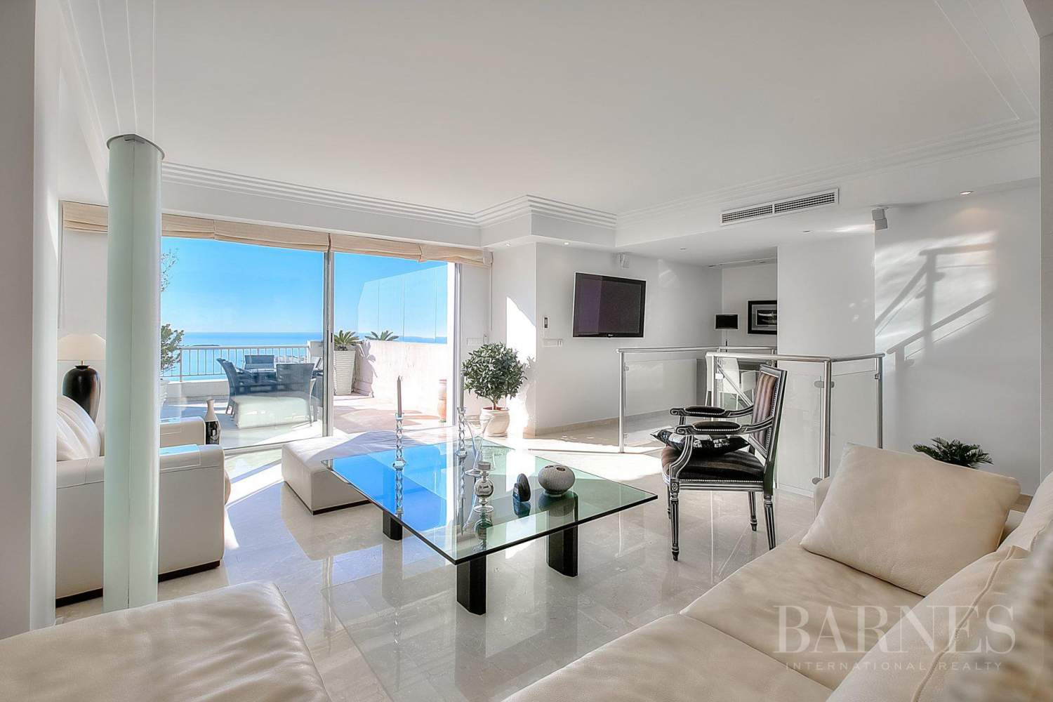 CANNES - CALIFORNIE - DUPLEX APARTMENT - TOP FLOOR APARTMENT - 3 BEDROOMS - PANORAMIC SEA VIEW picture 1