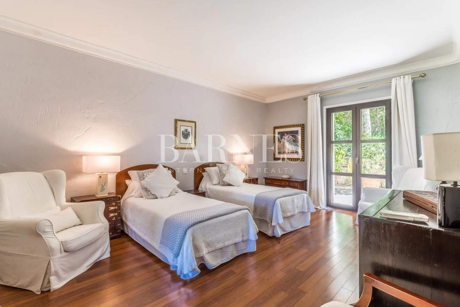 Vallauris  - House 7 Bedrooms - picture 11
