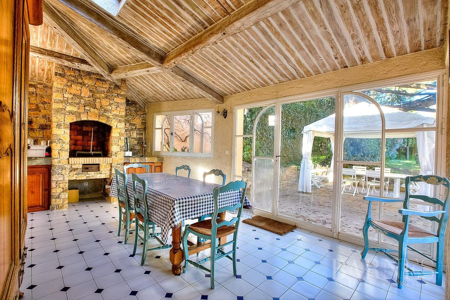 CANNES CROIX DES GARDES - PROPERTY COMPOSED OF 2 VILLAS - 5 BEDROOMS - SEA VIEW picture 10