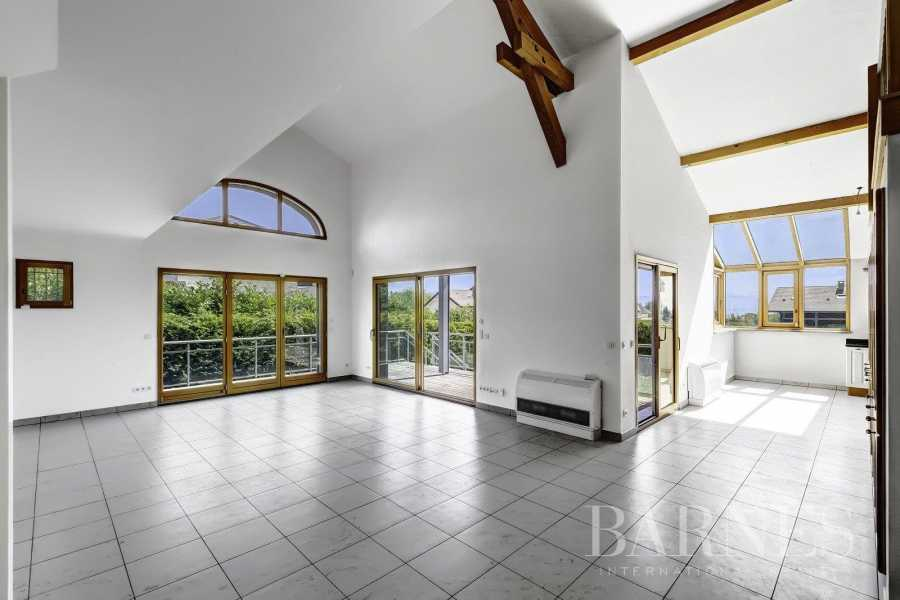 Divonne-les-Bains  - Maison 8 Pièces 6 Chambres