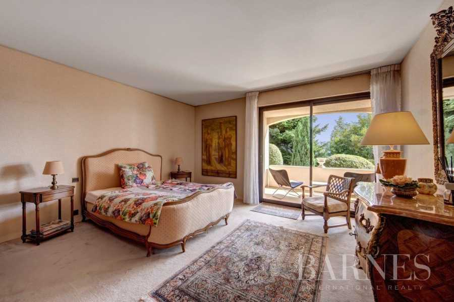 Divonne-les-Bains  - Villa 9 Pièces 4 Chambres