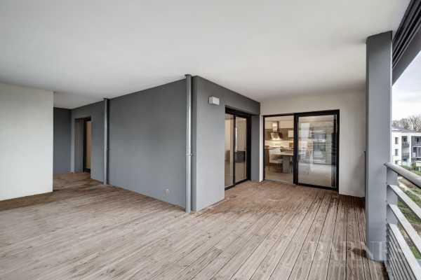 Appartement Divonne-les-Bains  -  ref 3527621 (picture 2)