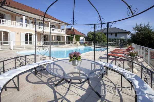 Villa Prévessin-Moëns  -  ref 4316528 (picture 1)