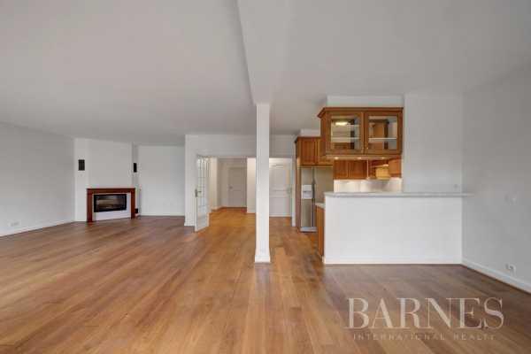 Appartement Divonne-les-Bains  -  ref 4833708 (picture 2)