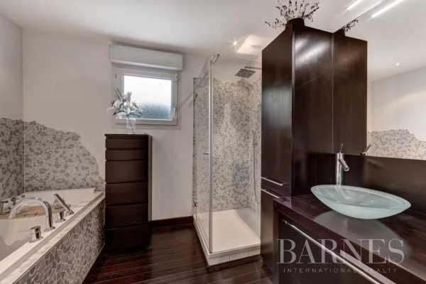 Appartement Divonne-les-Bains  -  ref 5476087 (picture 2)