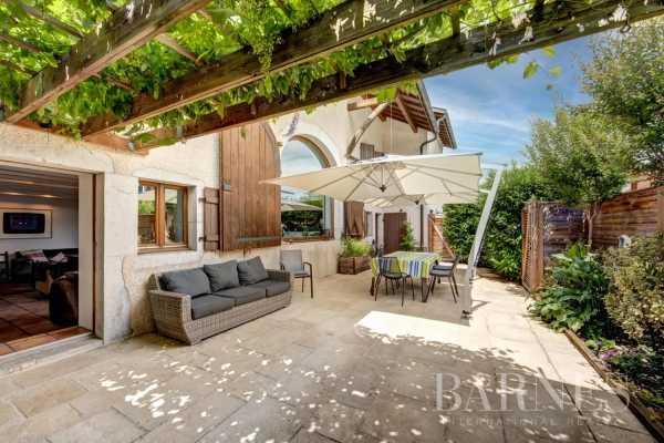 Maison de ville Divonne-les-Bains  -  ref 5827921 (picture 2)