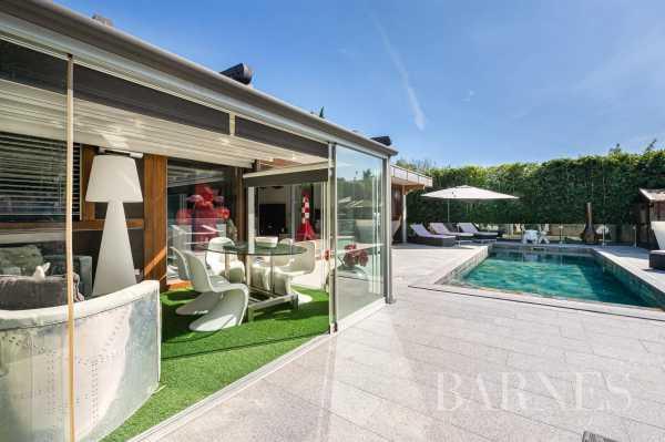 Villa Cessy - Ref 3273405