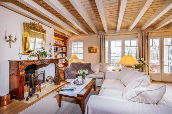 Villa Divonne-les-Bains - Ref 2695856