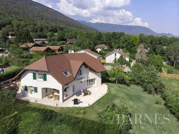 Villa Échenevex - Ref 4320630