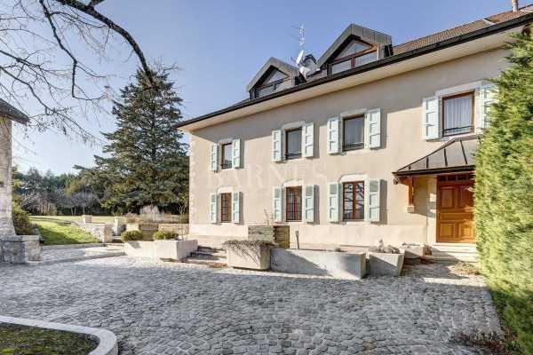 Maison de ville Divonne-les-Bains - Ref 3604170