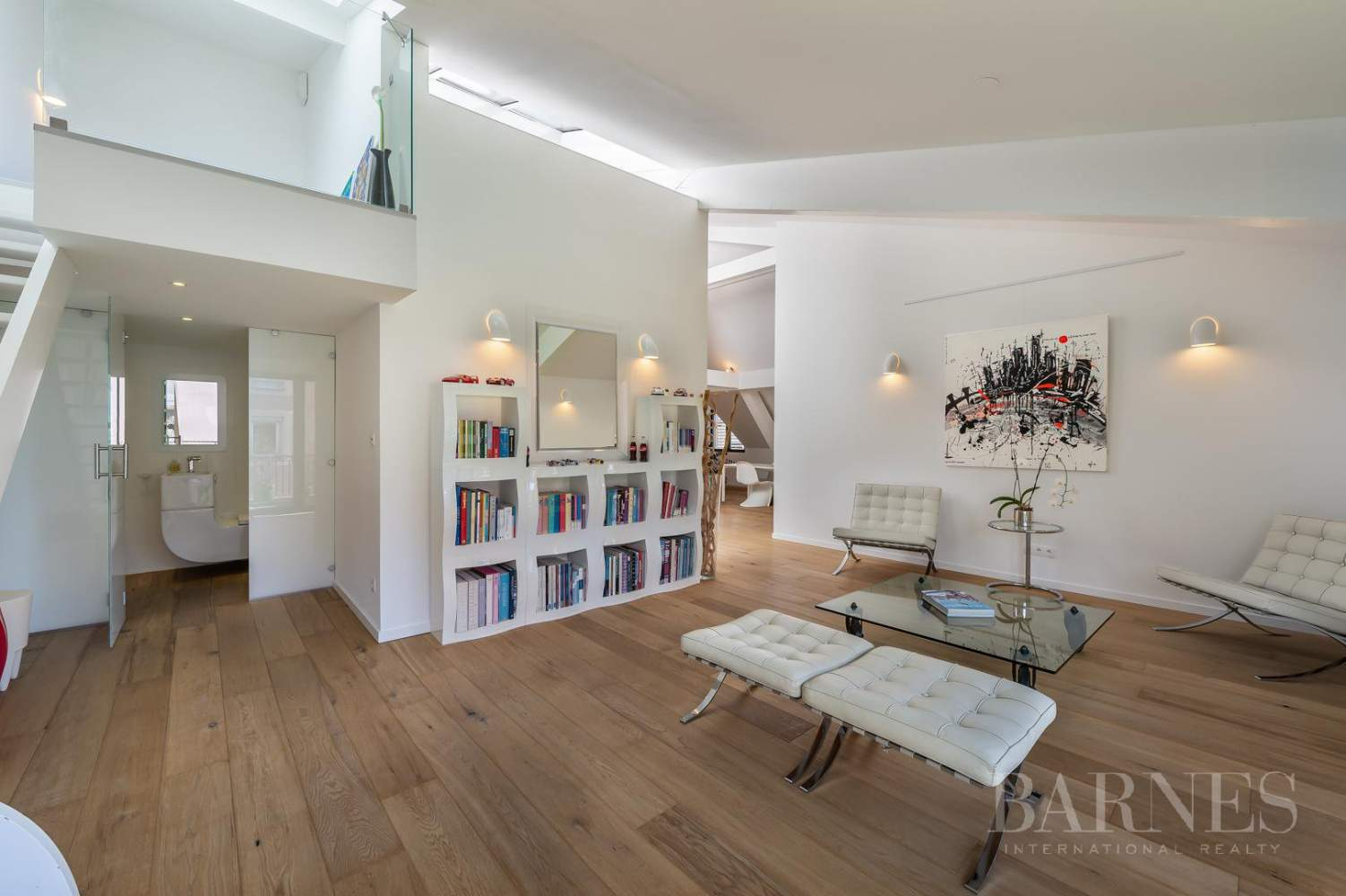 Exceptional Town House completely renovated picture 1