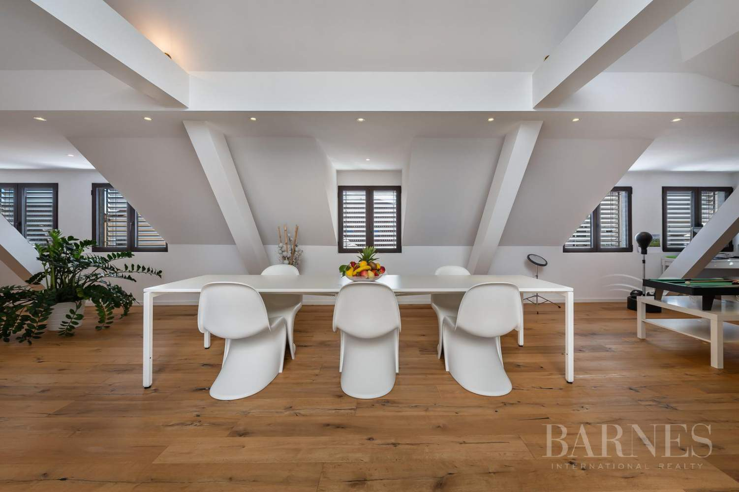 Exceptional Town House completely renovated picture 3