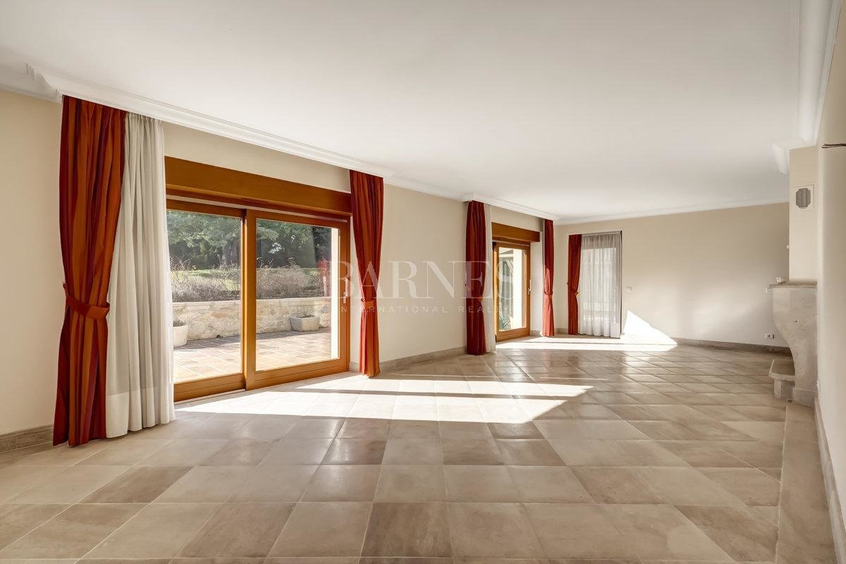 Spacious and fully renovated character house picture 1