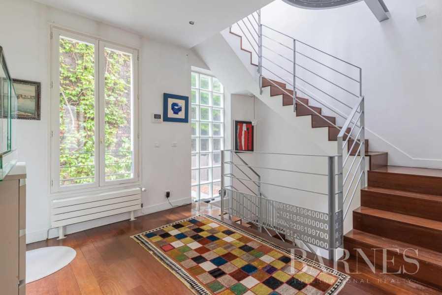 Paris  - Maison 5 Pièces 3 Chambres