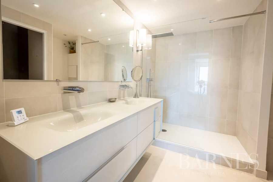 Paris  - Apartment 4 Bedrooms