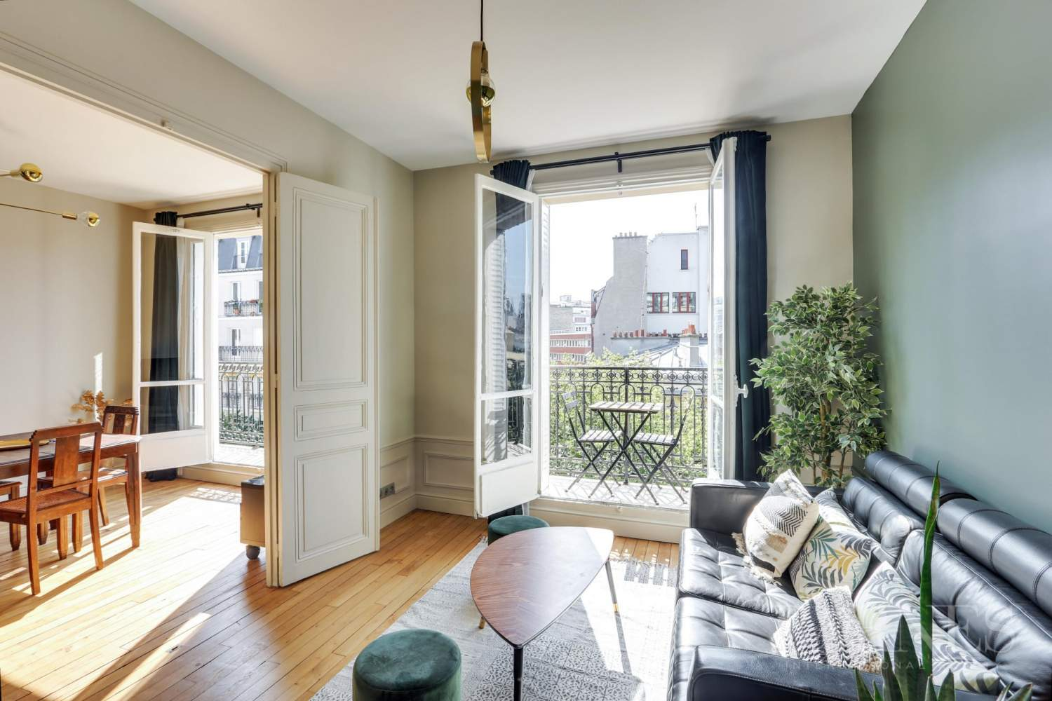 Apartment For Sale In Paris By Barnes 1 Bedroom 538 Sq Ft