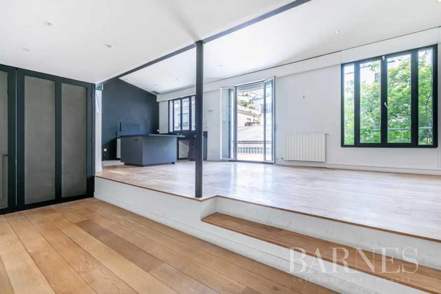 Paris  - Maison 6 Pièces 4 Chambres