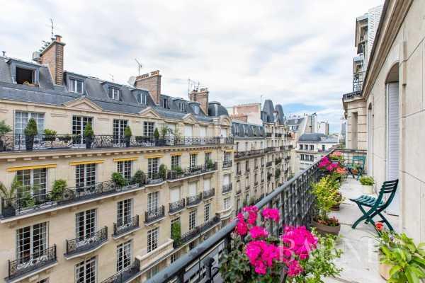 Apartment Paris 75017  -  ref 5788267 (picture 2)