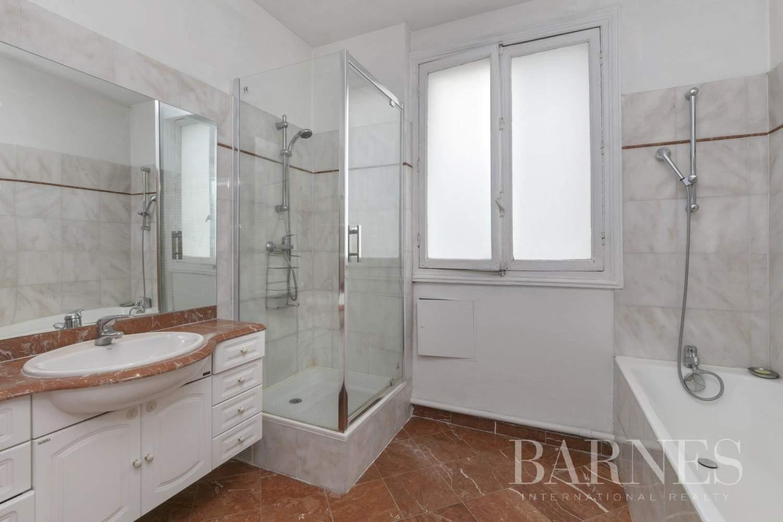 Paris  - Apartment 4 Bedrooms - picture 10