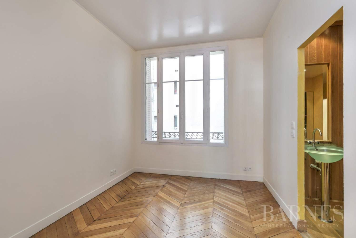 Paris  - Appartement 8 Pièces 4 Chambres - picture 14