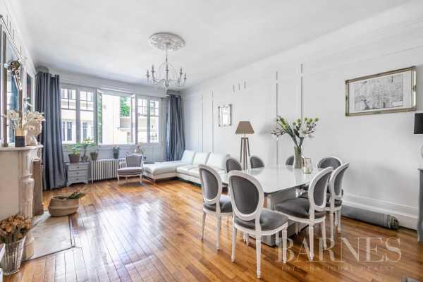 Appartement Paris 75017  -  ref 5593743 (picture 2)