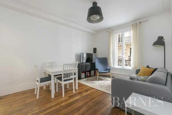 Apartment Paris 75017  -  ref 6079444 (picture 2)
