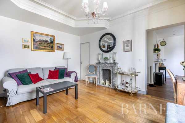 Appartement Paris 75017  -  ref 5899018 (picture 2)