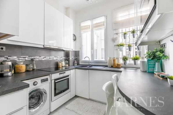 Appartement Paris 75017  -  ref 5593743 (picture 3)