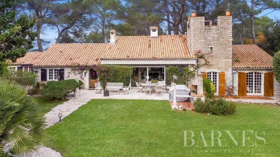 Biot  - Villa 8 Pièces 7 Chambres