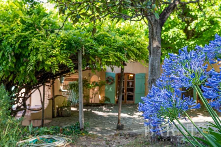Grasse  - Maison 14 Pièces 8 Chambres