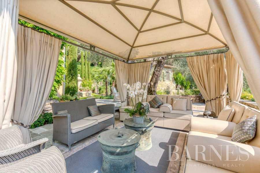 Grasse  - Villa 6 Pièces 5 Chambres