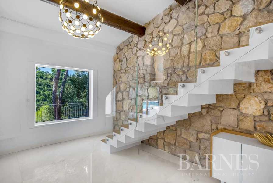 Biot  - Villa 5 Bedrooms
