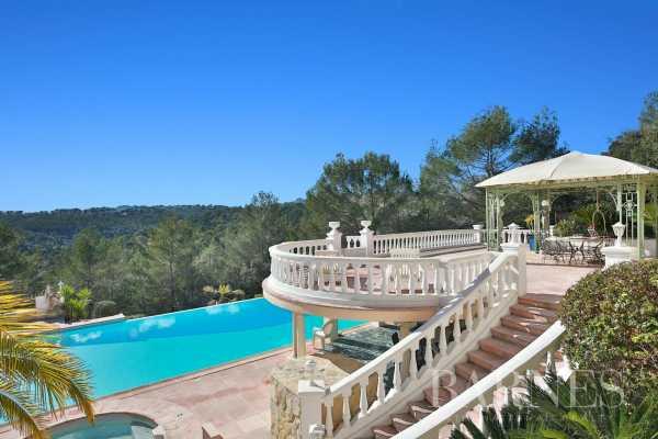 Villa Valbonne  -  ref 4911495 (picture 1)