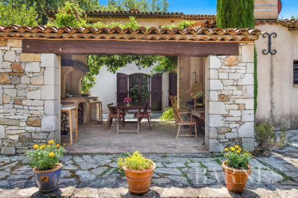 Villa Valbonne  -  ref 5807781 (picture 3)
