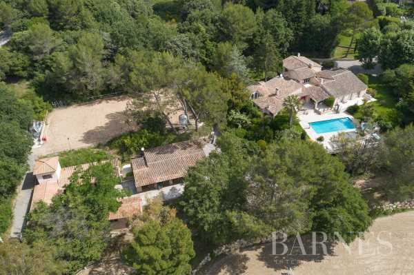 Equestrian estate Valbonne  -  ref 3777467 (picture 1)