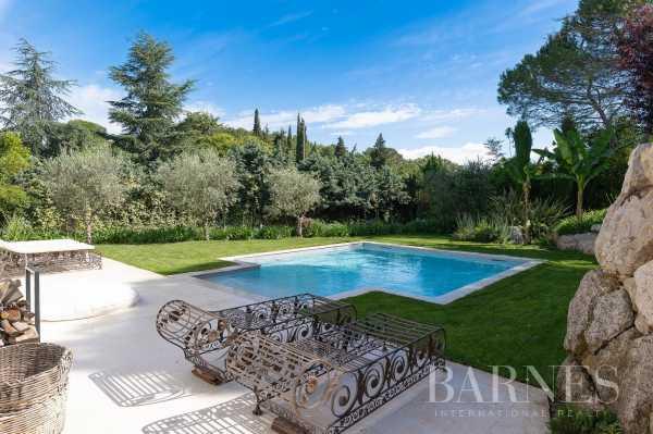 Villa Valbonne  -  ref 4056725 (picture 1)