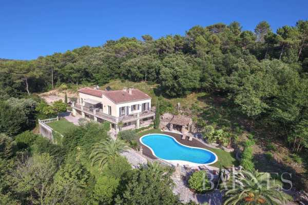 Valbonne - Family Home - 6 bedrooms - Swimming pool -...