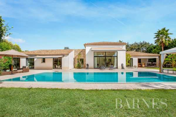 Villa Valbonne  -  ref 4363094 (picture 1)
