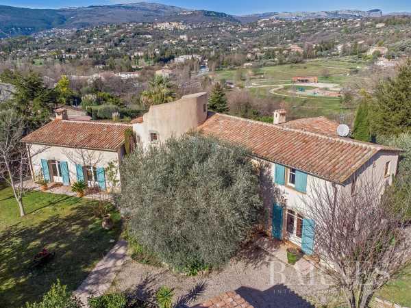 Villa Valbonne  -  ref 4855616 (picture 2)