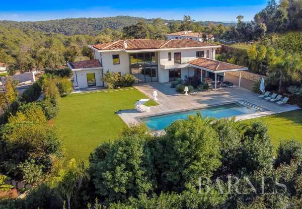 Villa Roquefort-les-Pins  -  ref 4047947 (picture 1)