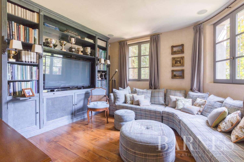 Grasse  - Villa 6 Pièces 5 Chambres - picture 9